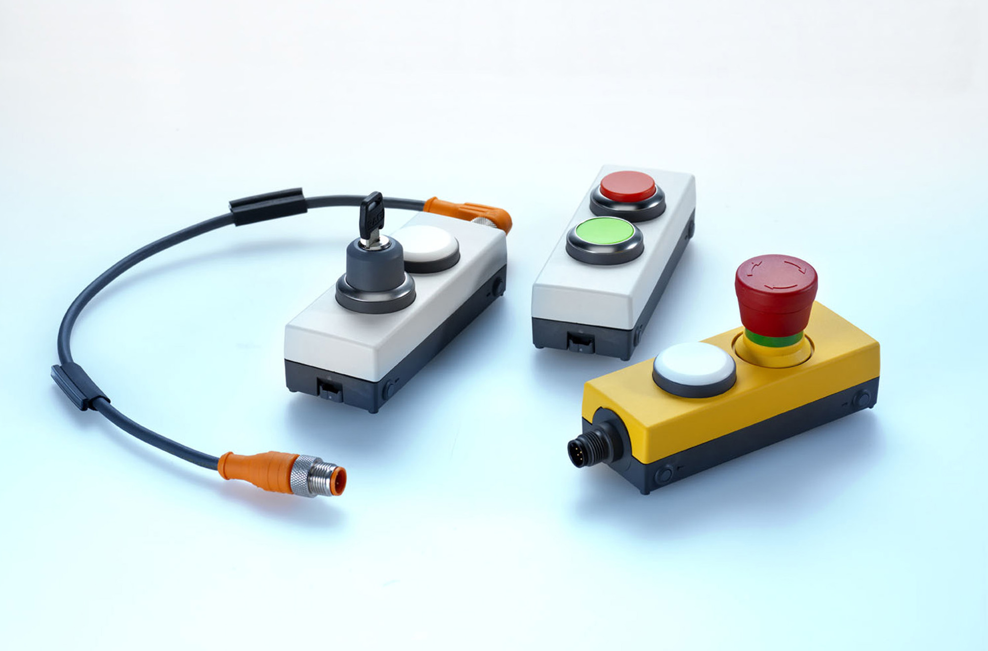 Gii Die Presse Agentur Gmbh Genuine Industry Information Toggle Switches Illuminated Onoff Handle Tipped Led Rafi Now Offers Complete Pre Configured E Box Control Units With M12 Connectors