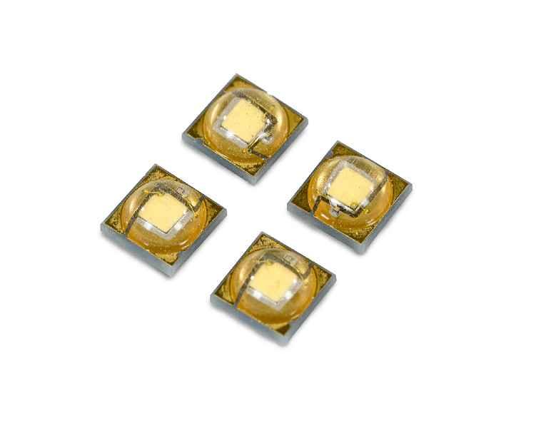 APOLED Einzel-Chip LEDs erlauben die präzise Auswahl der idealen weißen Farbtemperatur während medizinischer Eingriffe