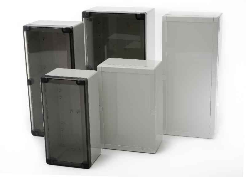 The cost-efficient Euronord3 enclosures are now also available with a transparent screw-on cover
