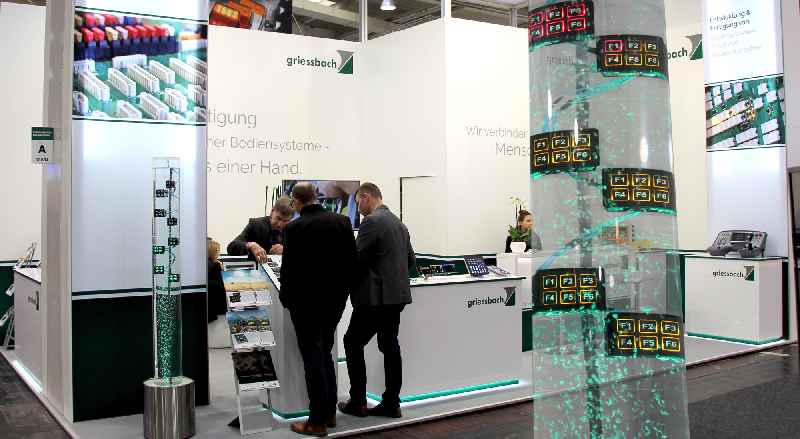 Auf der bauma 2019 zeigt Griessbach in Halle A5.219 kundenspezifische Bedienlösungen sowie Innovationen in der Schalt- und Eingabetechnik