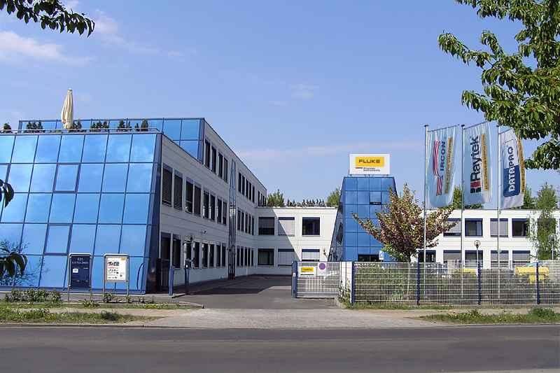Der Berliner Standort von Fluke Process Instruments vereint Entwicklung, Fertigung und Service industrieller Temperatursensoren und -messlösungen unter einem Dach