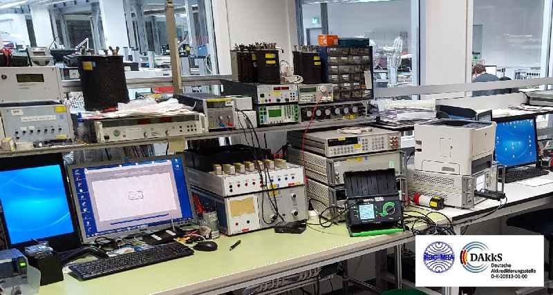 In seinem DAkkS-akkreditierten Kalibrierzentrum führt GMC-I Kalibrierungen für Messgeräte aller Hersteller nach DAkkS-, ISO- oder Werksvorgaben durch