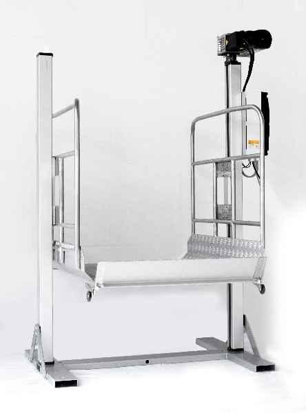 In Halle 16, Stand D 17 zeigt BAHR MODULTECHNIK neu entwickelte Positionierlösungen wie das Liftsystem für Lasten bis 400 kg