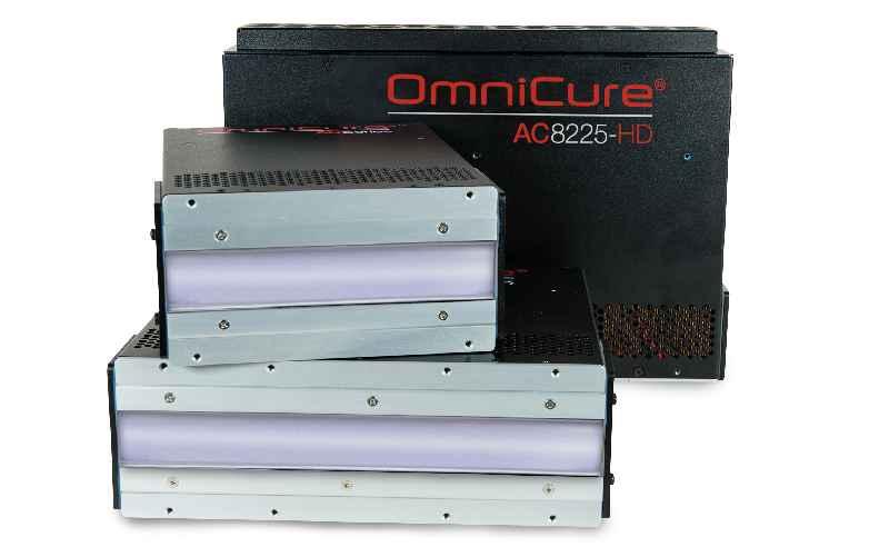 UV-LED-Aushärtesysteme von Excelitas bieten höchste Homogenität und lassen sich nahtlos anreihen, um große Bestrahlungsbreiten zu erreichen