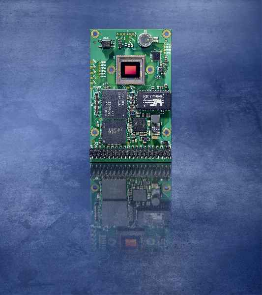 VC DragonCam integrates an image sensor, a powerful Snapdragon processor, and customary interfaces on a 65 x 40 mm board