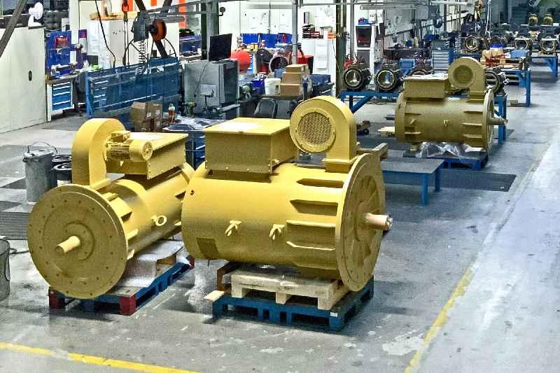 Wölfer fertigt aktuell zahlreiche Motoren für Krananwendungen auf Offshore-Windkraftanlagen-Errichterschiffen